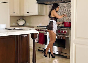 Housewife striptease